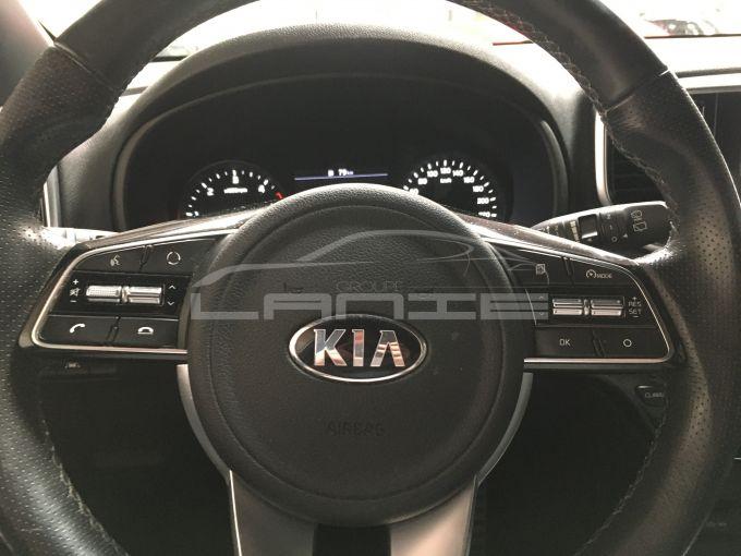 KIA SPORTAGE-15