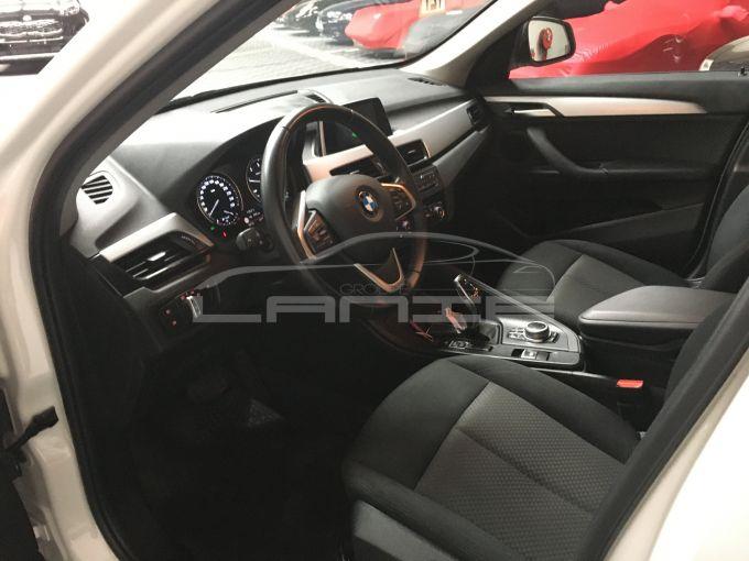 BMW X1 F48-6